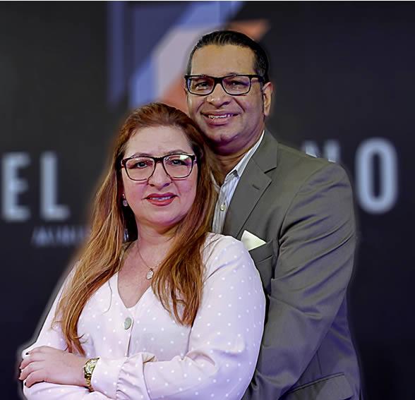 Yury y Armida Acevedo